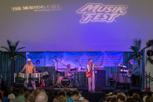 Calypso/Reggae/Beach Music band The Big Wahu performing on the Plaza Tropical on the 7th day of Musikfest 2014